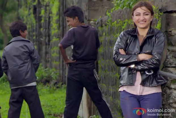 Chaarfutiya Chhokare Trailer Review Disturbing Grim Hard Hitting
