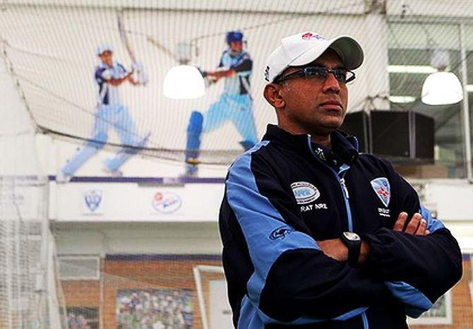 Chandika Hathurusingha (Cricketer)