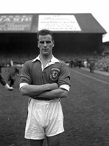 Charles (footballer) httpsuploadwikimediaorgwikipediacommonsthu