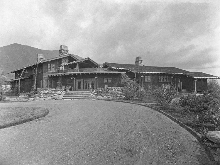 Charles M. Pratt House