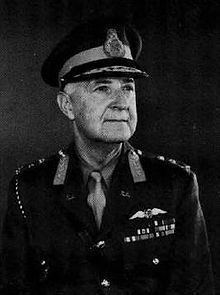 Charles 'Pop' Fraser httpsuploadwikimediaorgwikipediaenthumba