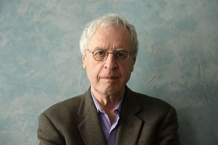 Charles Simic Charles Simic Wins the Zbigniew Herbert Prize 2014