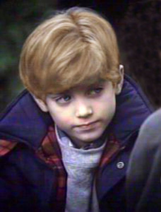 Charles Wallace Murry Charles Wallace Murry A Wrinkle in TimeElijah Wood This is how I