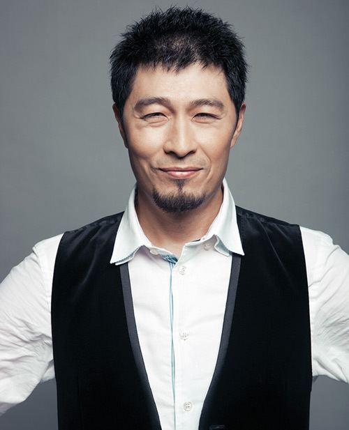 Charlie Nguyen Charlie Nguyn mang khng kh in nh vo p Fashion