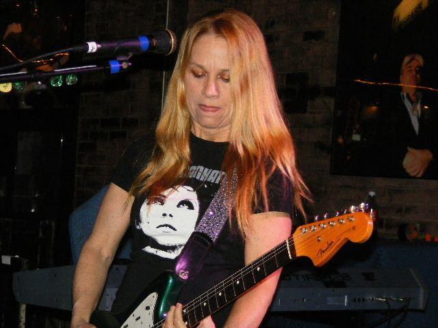 Charlotte Caffey FileThe GoGos Charlotte Caffey on guitar 2jpg