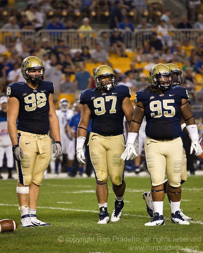 Chas Alecxih Pitt defensive tackles Chas Alecxih 98 Aaron Donald 97 and