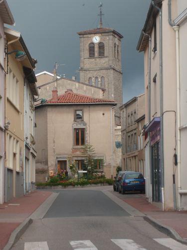 Chazelles-sur-Lyon mw2googlecommwpanoramiophotosmedium13771102jpg