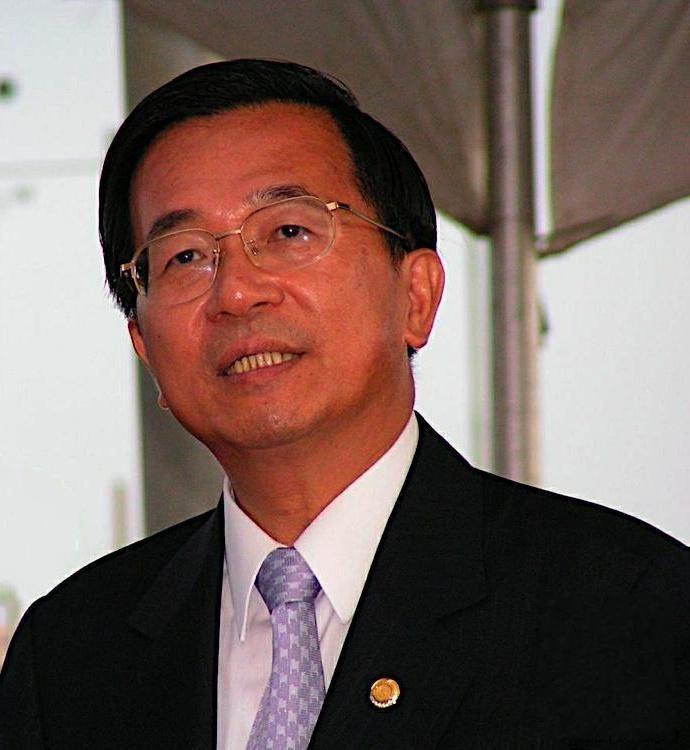 Chen Shui-bian httpsuploadwikimediaorgwikipediacommons00