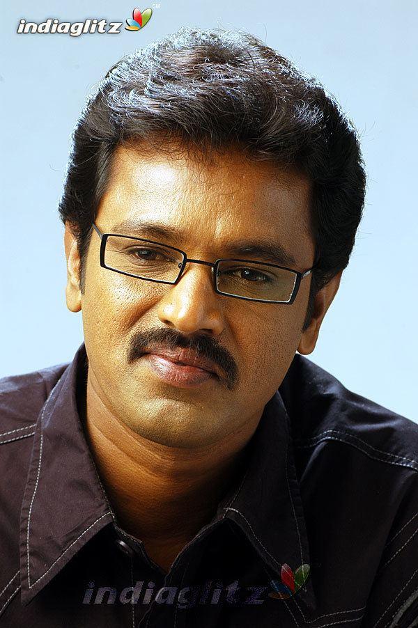Cheran (director) Cheran Gallery Tamil Actress Gallery stills images clips