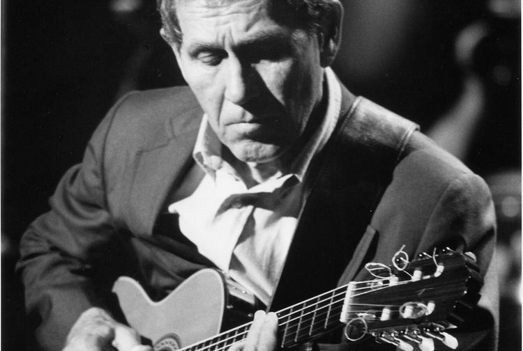 Chet Atkins Chet Atkins Certified Guitar Player on WXXITV WXXI