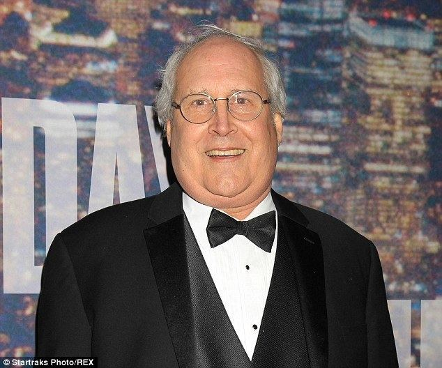 Chevy Chase Chevy Chase sweats profusely in bumbling interview for SNL