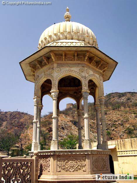 Chhatri Artworks on a chhatri 02000107 Architecture Pictures