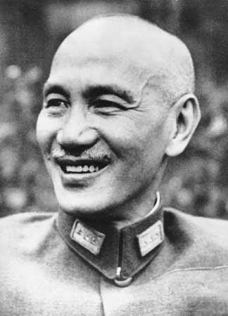 Chiang Kai-shek media2webbritannicacomebmedia3878738004E