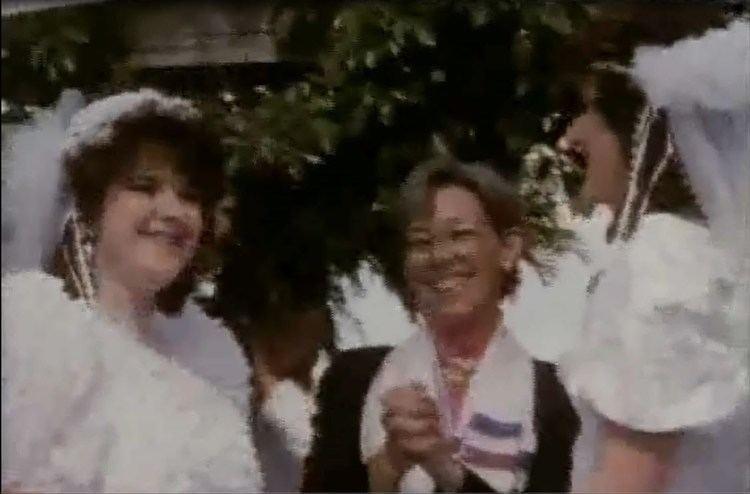 Chicks in White Satin httpsiytimgcomvi1bJuqPL17asmaxresdefaultjpg