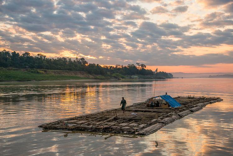 Chindwin River wwwjeffcotnercomwpcontentuploads2015025JC1