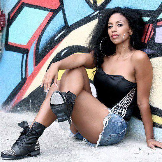 Chloe Arnold Chloe Arnold gt Tap in Rio