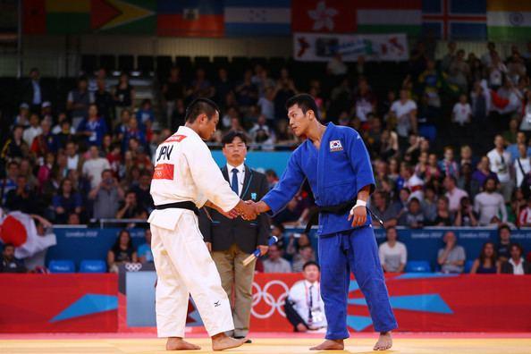 Cho Jun-ho (judoka) JunHo Cho Photos Olympics Day 2 Judo Zimbio