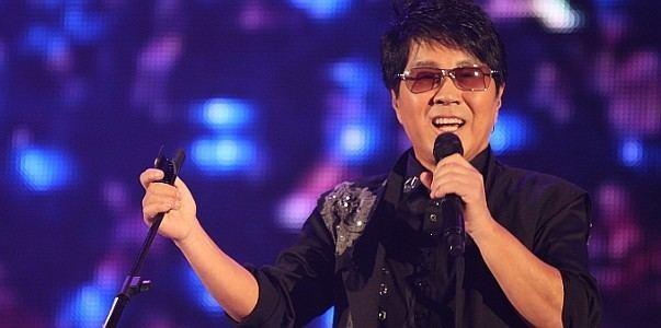 Cho Yong-pil Cho Yong Pil singer kpop
