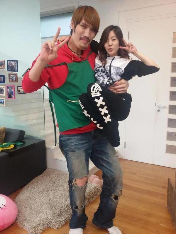 Choi Hong-man Sunny and Choi Hong Man amuse viewers with their size