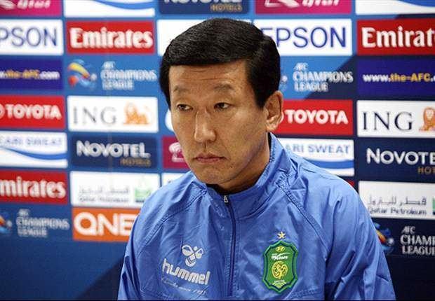 Choi Kang-hee (footballer) staticgoalcom109100109158heroajpg