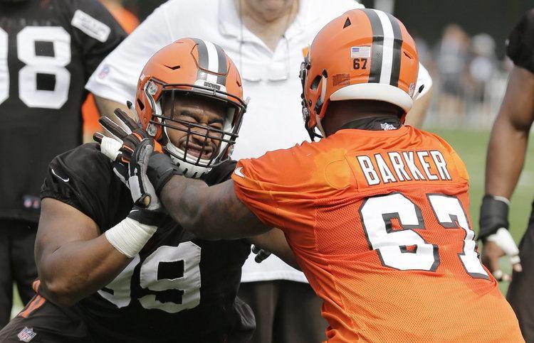 Chris Barker (American football) Browns sign offensive lineman Kitt OBrien waive Chris Barker