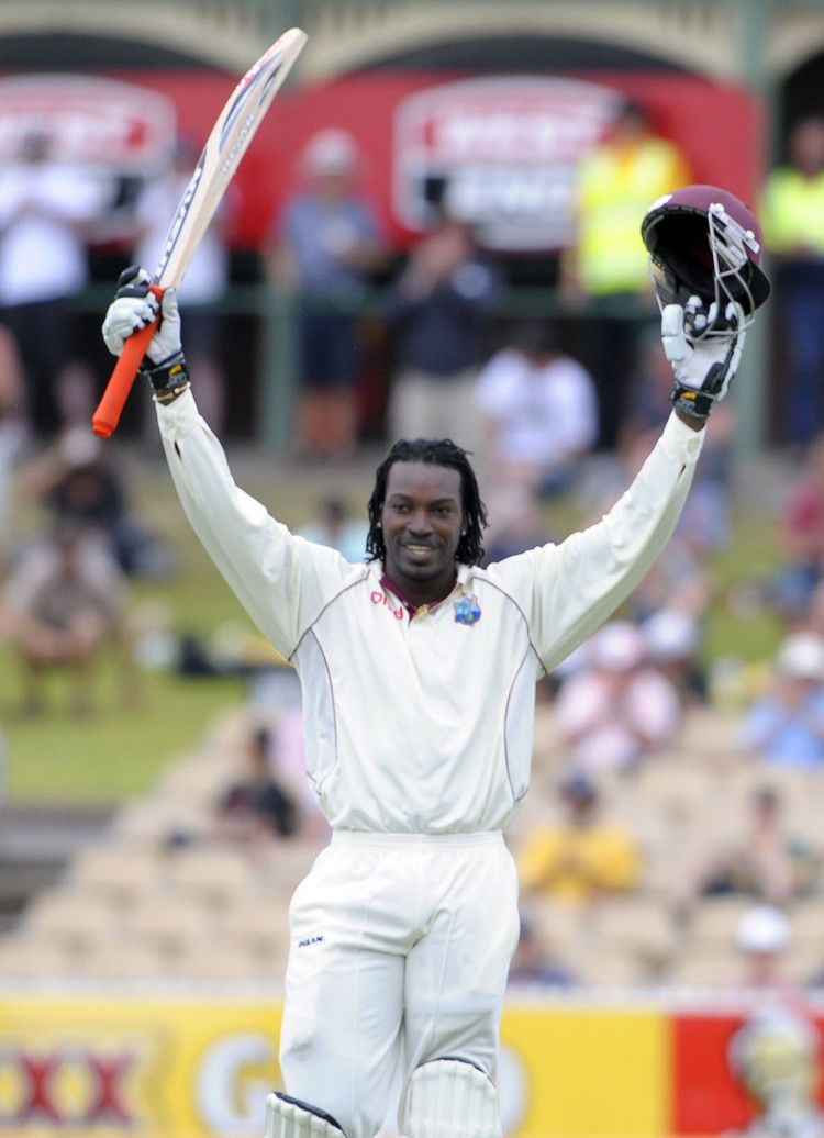 Chris Gayle (Cricketer) playing cricket