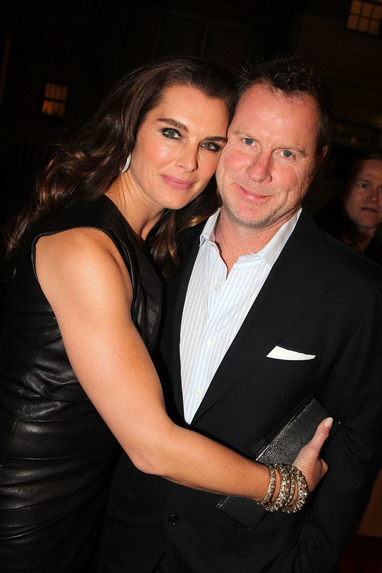 Chris Henchy Brooke Shields and Chris Henchy Hollywood Couples Who