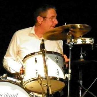 Chris Joyce Chris Joyce on board as new drummer The SoulTrain