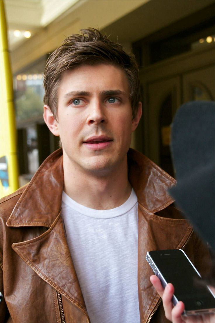 Chris Lowell Chris Lowell Gorgeousnessss Pinterest