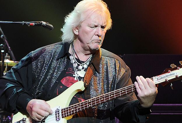 Chris Squire Chris Squire Yes Bassist and CoFounder Dead at 67
