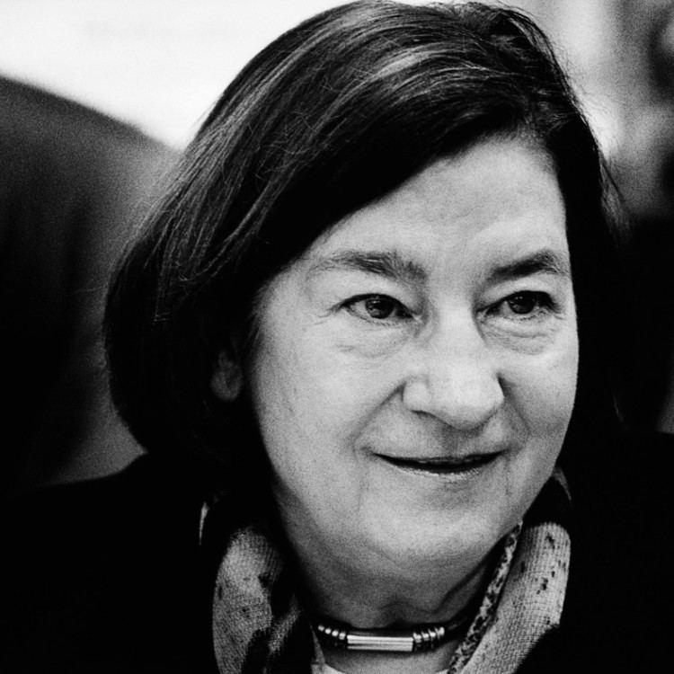 Christa Wolf Schriftstellerin mit 82 Jahren gestorben Christa Wolf