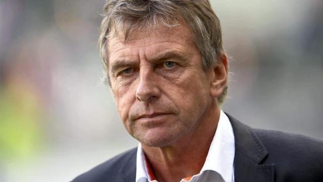 Christian Gourcuff Algeria appoint Christian Gourcuff as national team