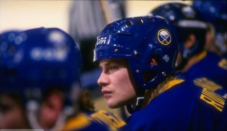 Christian Ruuttu 198889 Christian Ruuttu Buffalo Sabres Game Worn Jersey