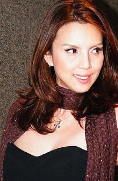 Christina Aguilar A taste of Thai by Hannah Hedersen on Prezi