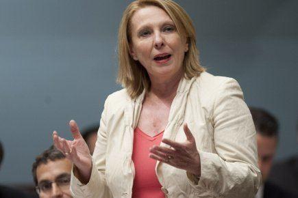 Christine St-Pierre Christine StPierre s39excuse pour ses propos sur le carr