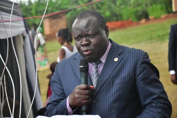Christophe Bazivamo Kwibuka22Ubuhamya bwuko Depite Bazivamo yiciwe abana numugore