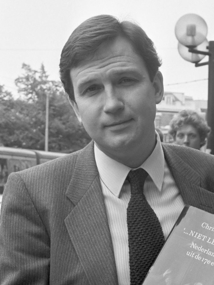Christopher Brown (museum director) httpsuploadwikimediaorgwikipediacommonsthu