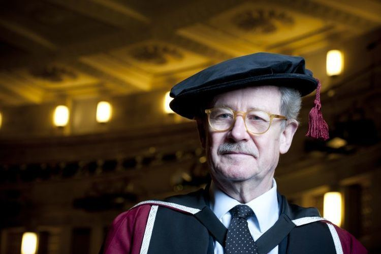 Christopher Frayling Former arts chief receives honorary degree Media