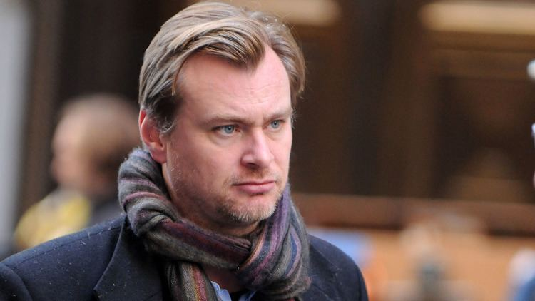 Christopher Nolan Christopher Nolan Urges Hollywood to Step Up Efforts to