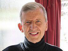 Christopher Titmuss httpsuploadwikimediaorgwikipediacommonsthu