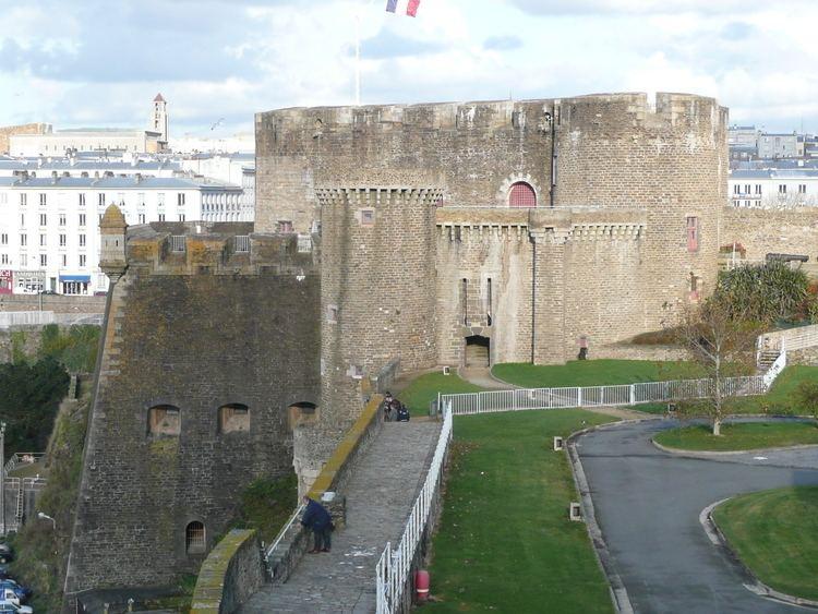 Château de Brest FileDonjon chateau de BrestJPG Wikimedia Commons