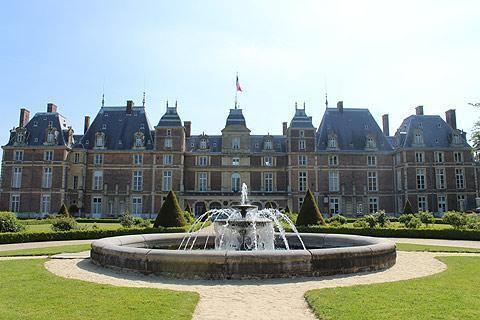 Château d'Eu Eu France travel Information with the Chateau d39Eu places to visit