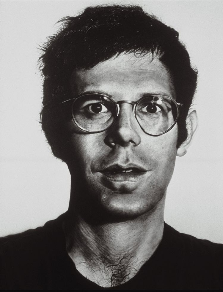 Chuck Close Getting up close to the work of Chuck Close at Sydney39s MCA