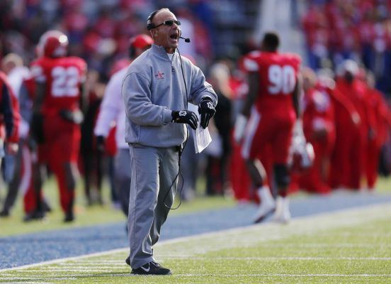 Chuck Priore Stony Brook gives coach Chuck Priore a oneyear extension