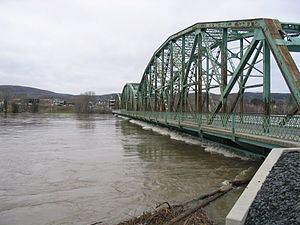 Clair–Fort Kent Bridge httpsuploadwikimediaorgwikipediacommonsthu