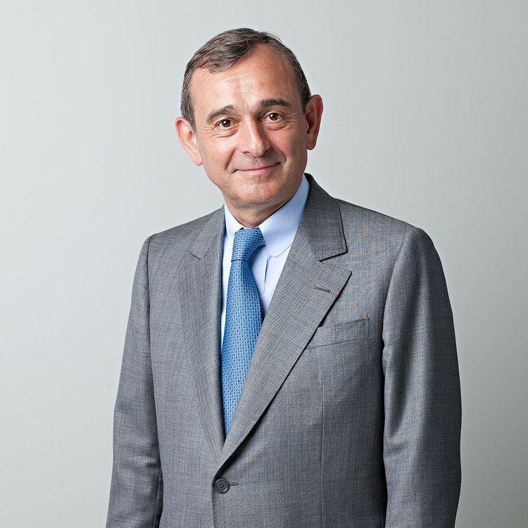 Claude Dauphin (businessman) httpsuploadwikimediaorgwikipediacommonsthu