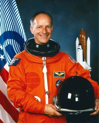 Claude Nicollier Hubble SM3A Shuttle Crew Information