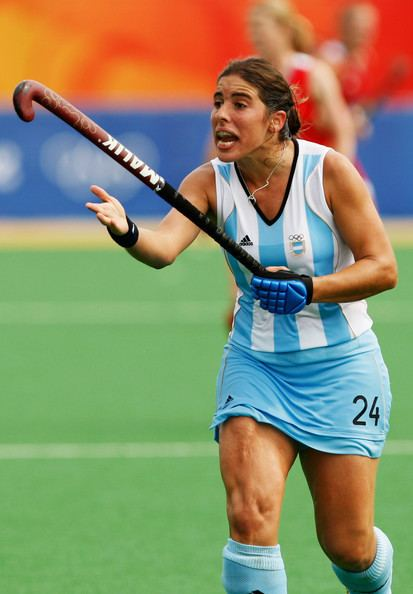 Claudia Burkart www1picturesgizimbiocomOlympicsDay4Hockey
