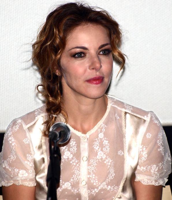 Claudia Gerini httpsuploadwikimediaorgwikipediacommons33