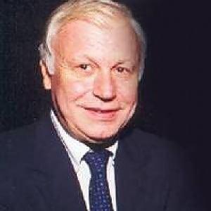 Claudio Angelini Addio allo scrittore e giornalista Claudio Angelini